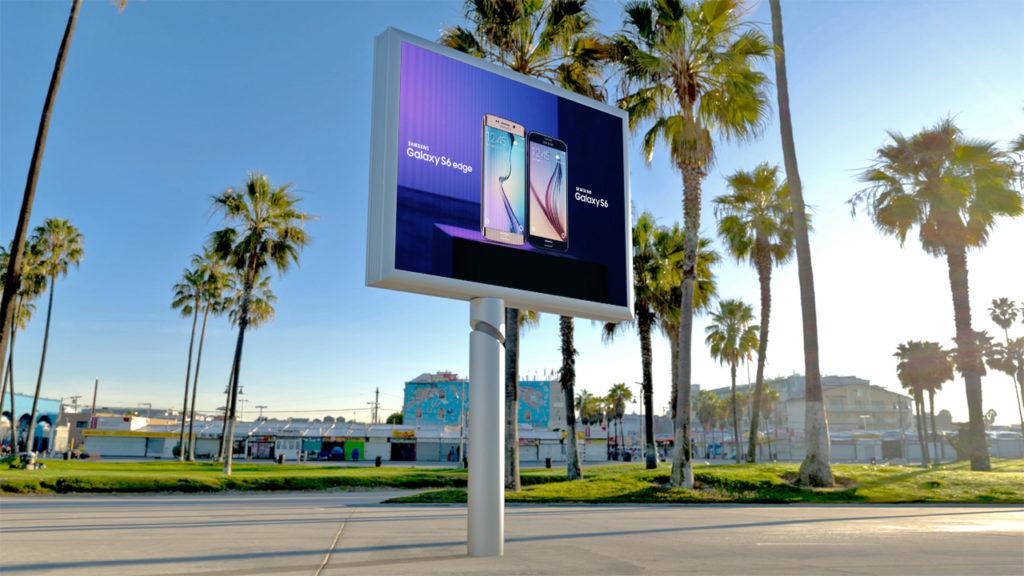 pantalla led ultrabrillante exterior publiscreen carteleria digital bajo coste salamanca